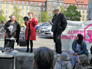 Lone Norlander taler ved demonstration mod nedrivning 15.5.2019