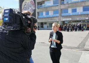 Pernille Skipper interviewes til TV-Avisen